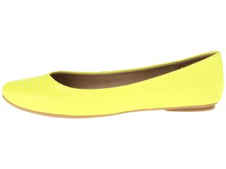 Kenneth Cole Reaction Slip On By Neon Yellow