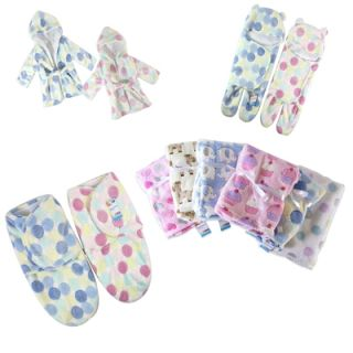 """First Steps"" Luxury Soft Fleece Baby Blanket 75 x 100cm for Babies from Newborn"