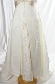 David's Bridal White Halter Wedding Dress Gown Champagne Sash Beaded Size 20W