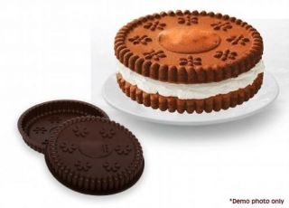 New Giant Cookie Maker Cake Pan Set Silicone 4 x Piece Bakeware