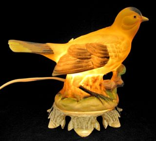 Lot 2 Vintage Glowing Bird Porcelain Night Table Electric Lamps Lights Lightings