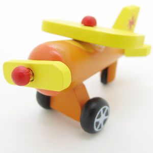 New Orange Yellow Hand Made Wooden Wood Mini Fancy Flying Baby Kids Toys