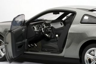 Details about 2010 Ford Mustang GT Diecast Model 118 Sterling Silver