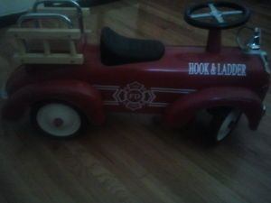 Hook and Ladder Fire Truck Ride on Toy