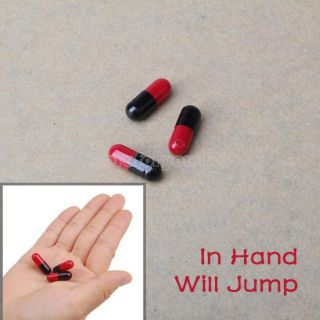 Magnetic Jumping Black Red Beans Magic Trick Toy 3pcs