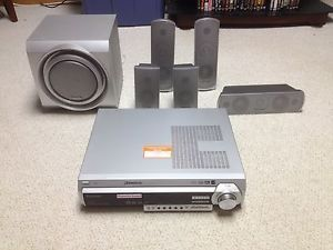Panasonic SA HT680 DVD Home Theater Surround Sound System with 5 Disc Changer