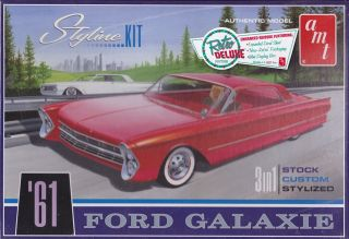 1961 Ford Galaxie 3 in 1 Customizing Ki 1 25th Plastic Model Kit 652