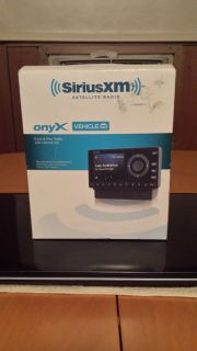 Sirius Satellite Radio Onyx Dock Play Radio with Vehicle Kit
