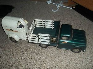 Antique Vintage 1960's Tonka Farms Toy Truck and Horse Trailer