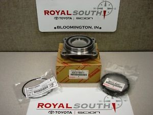 Toyota FJ Cruiser Front Wheel Bearing Kit Genuine OE