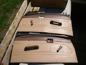 1984 1985 1986 1987 1988 Toyota Pickup Truck 22R 22RE Door Panels Hardware