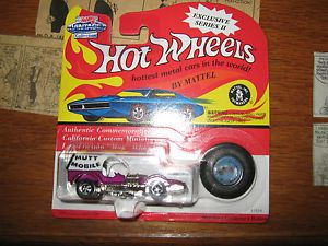 Hot Wheels Mutt Mobile Diecast Car