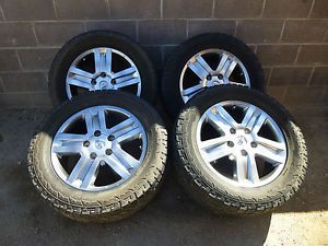 Set of 2007 2013 Toyota Tundra Wheels Rims with 305 50 R20 Hankook Tires