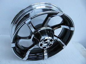 Harley Davidson Agitator Rear Wheel Chrome Black CVO 40225 10 18x5