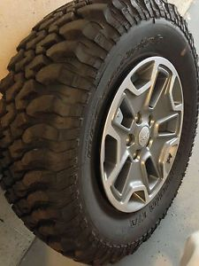 Jeep Wrangler JK Rubicon Wheels and BFGoodrich MT Tires