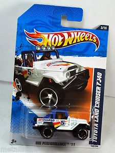 Hot Wheels 2011 HW Performance Toyota Land Cruiser FJ40 White BFGoodrich