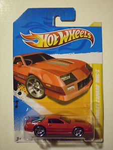 Hot Wheels 1985 Chevrolet Camaro IROC Z
