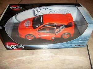 1 18 Hot Wheels Orange Ford Focus Car Look