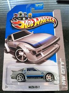 2013 Hot Wheels Treasure Hunt Mazda RX 7
