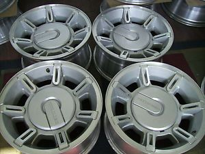 GMC Chevy Hummer H2 17x8 5 Factory 8 Lug Alloy Wheels Rims