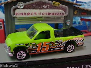 2013 Hot Wheels '96 Chevy 1500 Racing Truck 1996★GREEN★MULTI Design Ex★new Loose