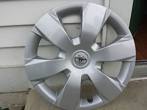 "Toyota Camry 16"" Wheel Cover"