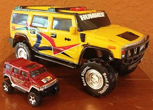 Road Rippers 2006 Yellow Hummer H2 by Toy State Plus Bonus Hot Wheels Hummer