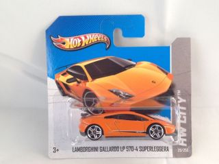 Hot Wheels 2013 Lamborghini Gallardo LP 570 Supperleggera