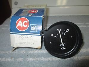 1980 1981 Pontiac LeMans Grand Prix GP Grand Am Oil Gauge GM New Parts
