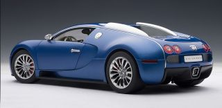 Autoart 70951 1 18 Scale 2009 Bugatti EB Veyron 16 4 Blue Diecast Model Car