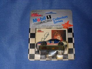 1991 NASCAR Racing Champions . . . Bill Elliott #9 Melling ford Thunderbird 1/64 Diecast . . . Includes Collector's Card and Display Stand . . . Mobil 1 Racing Collectors Series Toys & Games