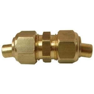 Watts 1/2 in. x 1/2 in. Lead Free Brass Compression x Compression Union with Insert LF A210